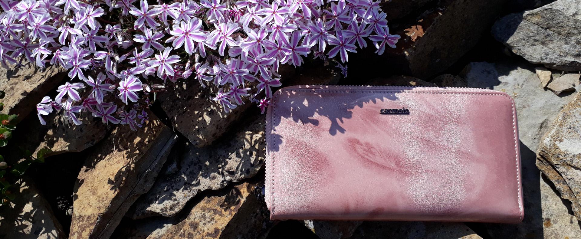 Nové kožené peňaženky Carmelo