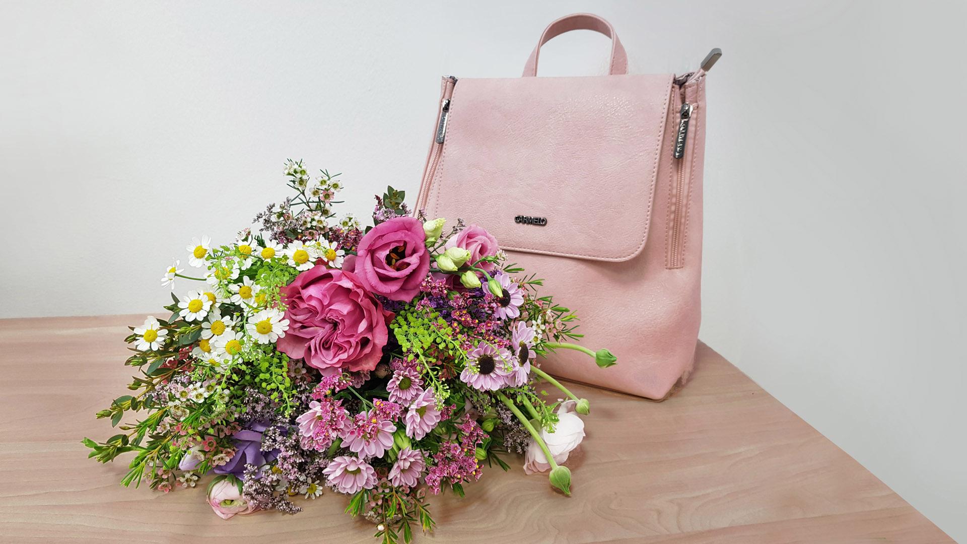 Oslavujeme - kvetinová - kabelka.sk