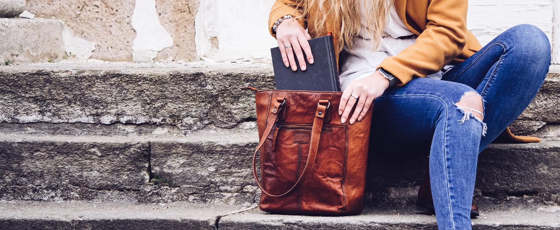 Dámske Kožené kabelky